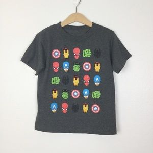 Marvel Gray Superheroes Tee Boys Size 5 ▪️